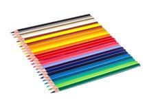 Mehrfarbige Bleistifte lokalisiert auf Weiß Lizenzfreie Stockfotos