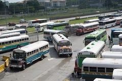 Mehrfarbige Busse Stockfoto