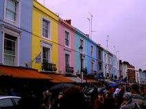 Mehrfarbige Gebäude in Portobello rd Stockfotos