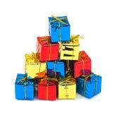 Mehrfarbige Geschenke stockfotografie