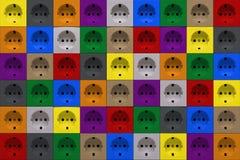 Mehrfarbige Netzdosen stockfotos