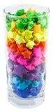 Mehrfarbige Sterne in einem Glas Stockfotos
