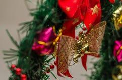 Mehrfarbige Weihnachtsdekorationen für die Dekoration für das neue Jahr Lizenzfreie Stockfotografie