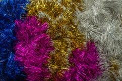 Mehrfarbige Weihnachtsdekorationen für die Dekoration für das neue Jahr Stockfoto