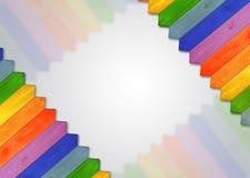 Mehrfarbiger Bretterzaun von den Farben des Regenbogens Stockbilder
