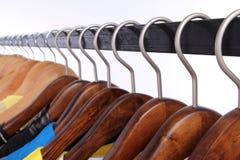 Mehrfarbiger Garderobenschaukasten, Nahaufnahme Stockfoto