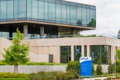 9 mei, 2019 Mountain View/CA/de V.S. - de Opgenomen bureaus van Intuit, een bedrijf dat ontwikkelt en financieel, het rekenschap  stock afbeeldingen