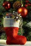 Meia do Natal com presentes Fotos de Stock