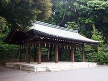 Meiji Shrine i Tokyo Japan fotografering för bildbyråer