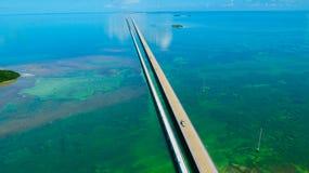 7 Meilen-Brücke Schattenbild des kauernden Geschäftsmannes Florida-Schlüssel, Marathon, USA Lizenzfreies Stockbild