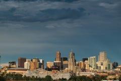 Meilen-hohe Stadt von Denver bis zum Nacht Stockfotografie