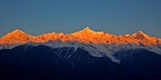 meili meri gór śnieżny światło słoneczne Obraz Royalty Free
