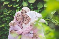 Meilleur ami heureux de fille ensemble Photos libres de droits