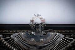 Mein Blog geschrieben auf Schreibmaschine Stockfotografie