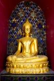 Mein Gold Buddha im Tempel Lizenzfreies Stockbild