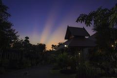 Mein Haus im Sonnenuntergang Lizenzfreie Stockfotos