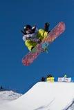 Meio snowboard da tubulação imagens de stock