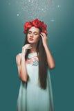 Meisje in artistieke behandeling Stock Foto's