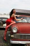 Meisje bij auto Royalty-vrije Stock Foto's