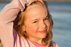 Meisje bij het overzees Stock Foto