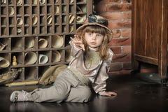 Meisje bij het postkantoor Royalty-vrije Stock Fotografie
