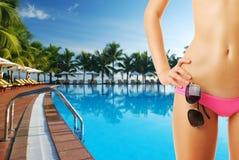 Meisje bij pool royalty-vrije stock foto