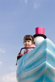 Meisje bij Pretpark Stock Foto's