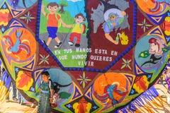 Meisje bij Reuzevliegerfestival, de Dag van Alle Heiligen, Guatemala Royalty-vrije Stock Foto's
