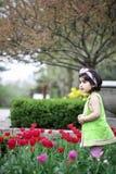 Meisje in bloem garden2 Royalty-vrije Stock Fotografie