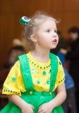 Meisje in Carnaval kostuum stock foto's