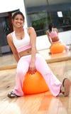 Meisje dat pilates doet Royalty-vrije Stock Foto's