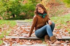 Meisje in de herfst Stock Foto