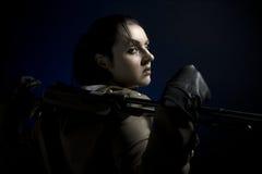 Meisje in de militaire vorm Royalty-vrije Stock Afbeelding