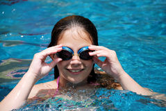 Meisje in de Pool Royalty-vrije Stock Foto