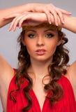Meisje in de rode kleding royalty-vrije stock fotografie