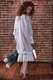 Meisje in de Situatie van de Verschrikking met Bloedig Gezicht Stock Foto's