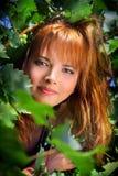 Meisje in de wijngaard Royalty-vrije Stock Afbeeldingen