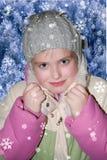 Meisje in de winterkleren Stock Foto's