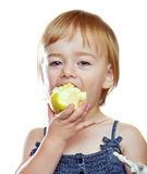 Meisje die de appel eten Royalty-vrije Stock Foto's