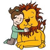 Meisje die leeuw koesteren Royalty-vrije Stock Afbeeldingen