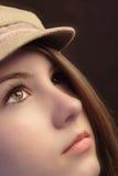 Meisje in een hoed stock foto