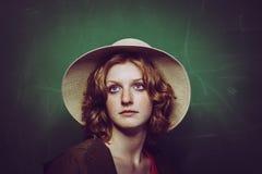 Meisje in een hoed Stock Afbeeldingen
