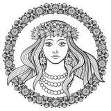 Meisje in een kroon van bloemen royalty-vrije illustratie