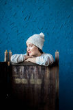Meisje in een witte hoed Stock Afbeelding