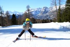Meisje en alpen Stock Foto