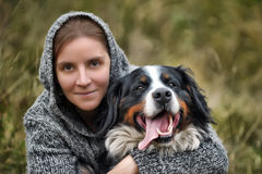 Meisje en Haar Hond Stock Fotografie