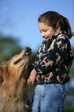 Meisje en haar hond Royalty-vrije Stock Afbeelding
