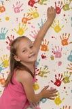 Meisje en handdrukken Royalty-vrije Stock Afbeeldingen