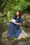 Meisje en het boek Stock Fotografie