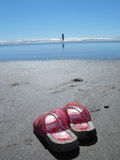 Meisje en het strand royalty-vrije stock afbeeldingen
